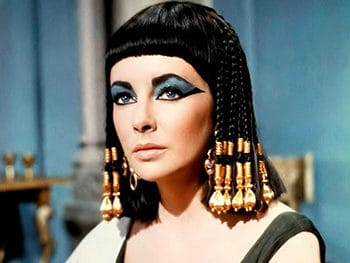 Ученые установили формулу аромата духов времен Клеопатры
